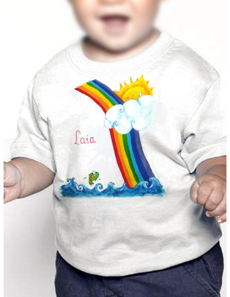 Camiseta arcoiris con pez