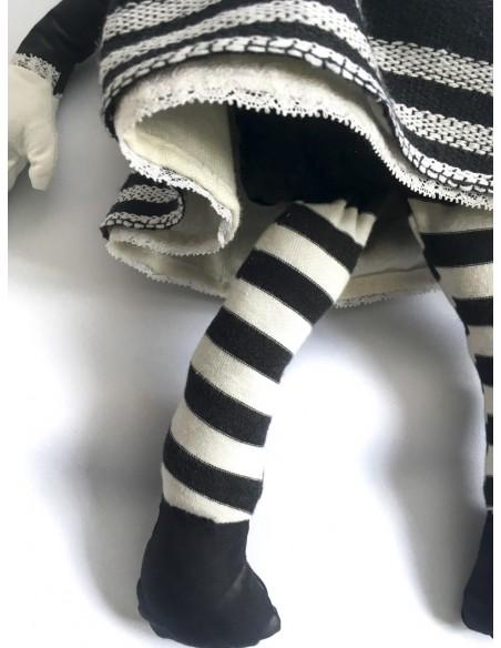 Muñeca de tela traje de extremeña grande
